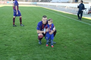 Dani con su hijo en Sa Pobla