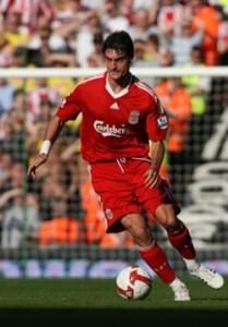 Albert Riera en el Liverpool