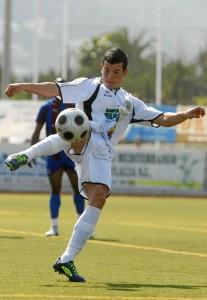 Adrián Ramos en el partido frente al Alzira VICENT MARI