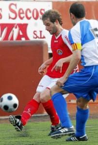Jonan, durante un partido con el Eivissa MOISÉS COPA