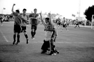 Promete marcar. El nueve andaluz promete marcar un gol hoy