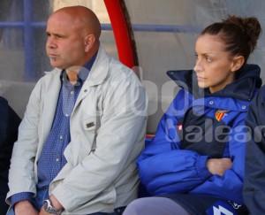 Maria Ferretjans en el banquillo con Jaime Mut la pasada temporada