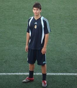 Ángel con la nueva camiseta del Real Madrid