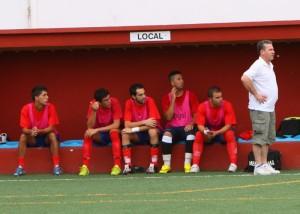 Fulgencio, en el banquillo del Collerense el pasado sábado en su debut.