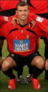 Juan Oller, se va cedido al Melilla.
