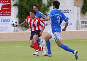 Iván Merino, la pasada temporada con el Santanyi, frente al Sporting Mahones