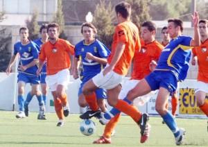 Jugada del partido, foto gentileza de Diario de Menorca