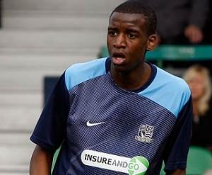 Michael Ngoo (16 años) ficha por el Liverpool