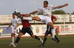 Jugada del partido, Foto Moises Copa, gentileza de Diario de Ibiza