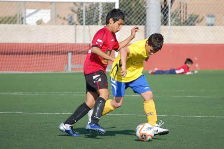 Los Clubes Critican La Discriminacion De La Federacion De Futbol A