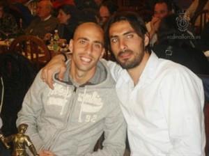 Borja Valero y Aouate, presentes en el 12º aniversario de la Penya de Llucmajor