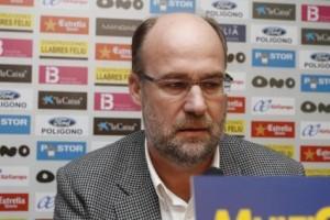 Nando Pons, director deportivo del Real Mallorca, en una reciente rueda de prensa. 11-02-2010   Monserrat