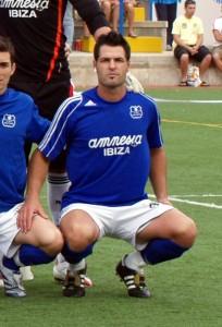 Cucu Roldán es el pichichi de la liga Regional de Ibiza