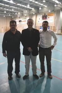 Miguel Jaume con Tirado junto al dtor. General de Deportes